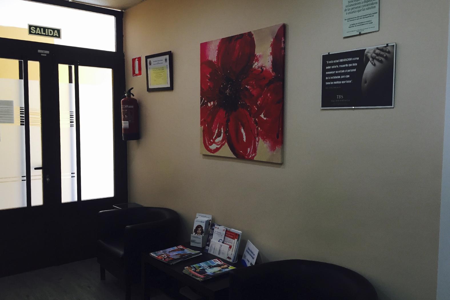 Sala de Espera mejor clinica dental en Granada