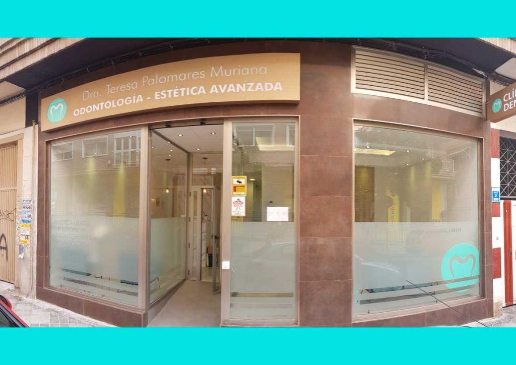 Dentista-doctora-teresa-palomares-muriana-palmudent-granada-5