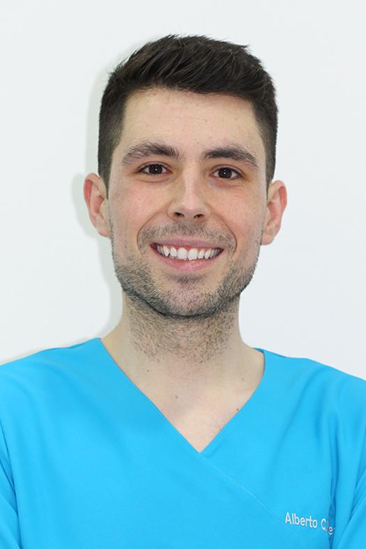 Alberto Profesional Dentista en Granada